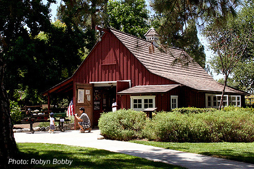 4e4d9624683ce-review-of-the-disney-barn-at-griffith-park-1