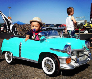 pomona_swap_meet_and_car_show